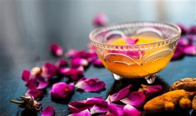 golden-milk-ricetta-ayurvedica